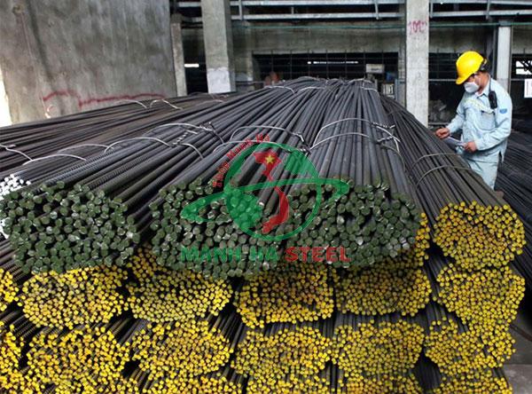 1 cây thép xây dựng thường dài khoảng 11,7m