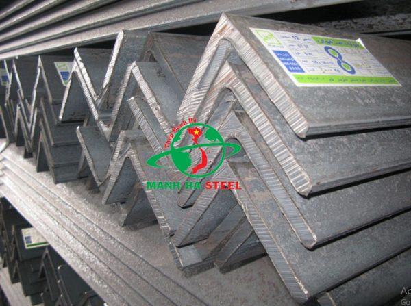 Sắt V100 là loại sản phẩm đặc biệt có kích thước lớn với nhiều ưu điểm nổi bật