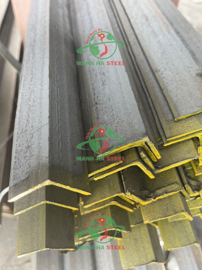Thép V30x30 là loại thép dạng thanh có chiều dài từ 6 - 12m