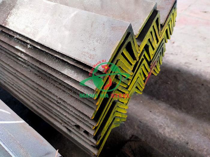 Thép hình V63x63 là loại thép có hình chữ V có độ dài cạnh bằng 63mm