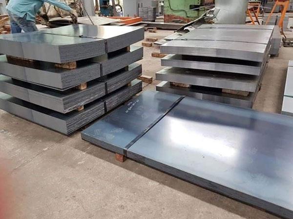 Tôn mạ kẽm dày 1.2mm, tôn mạ kẽm dày 1.5mm là loại thép nền cán mỏng với độ dày 1.2mm, 1.5mm