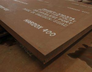 Thép tấm chịu mài mòn là nguyên liệu chính trong sản xuất chi tiết kỹ thuật