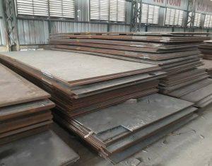Thép tấm Carbon là loại thép có độ cứng cao và chống oxy hóa tốt